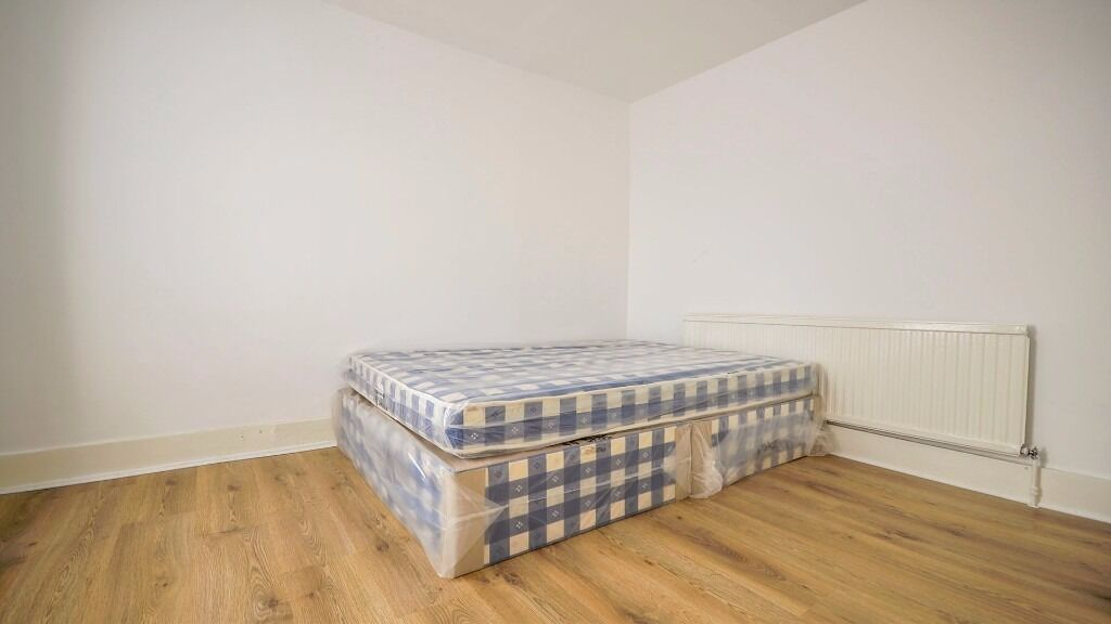 **SPACIOUS DOUBLE ROOM TO RENT** £675PCM INC ALL BILLS!! REAL WOOD FLOORING! FURNISHED! HOLLOWAY, N7