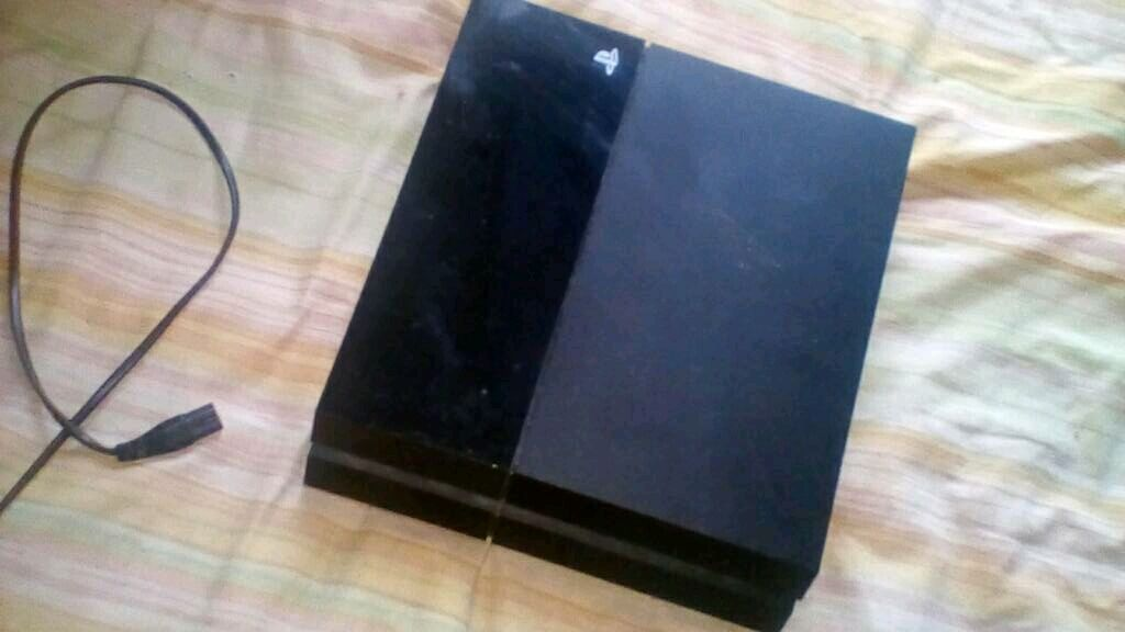 PS4 500GB NO CONTROLLERin Harlow, EssexGumtree - Ps4 in fantastic condition with power cable and HDMI