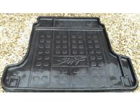 Toyota Hilux Surf rear boot liner