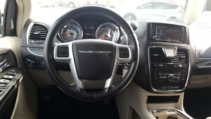 2014 Chrysler Town & Country DUAL AIR/HEAT-BACK UP CAMERA-PWR LI Windsor Region Ontario image 11