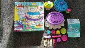 Play Doh mautain cake play set in box