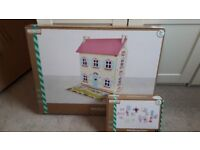 WOODEN DOLLS HOUSE & FURNITURE ** BRAND NEW **