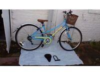 Universal Stirling 700C Hybrid Bike - LadiesEXCELLENT CONDITION