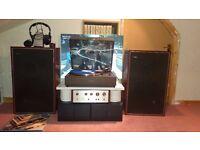 Pioneer Turntable PL-12D Pioneer Amplifier SA-500A Goodmans 60w Speakers