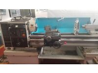 COLCHESTER TRIUMPH VS2500 x 1250mm GAP BED CENTRE LATHE