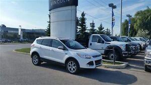 2015 Ford Escape Titanium - 4WD **ONE OWNER**