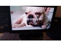 EXCELLENT 32 INCH SAMSUNG FREEVIEW HDMI TV ALSO GREAT FOR GAMING