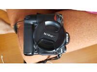 Nikon D200 with Battery Grip and Nikon 18-70 Lens + extras