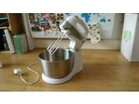 Kitchen robot mixer
