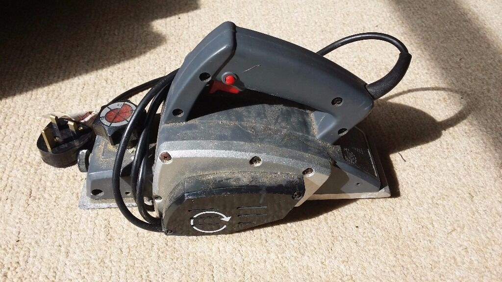 500W 16000rpm power planerwithout collection bagin Colinton, EdinburghGumtree - 500W 16000rpm power planer without collection bag selling as no longer required (moved into rented accommodation)