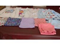 10 pj items. 6 bottoms & 4 tops. Age 8-9 & 9-10.