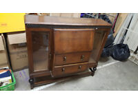 CABINET VINTAGE - MADE OF WOOD, VERY GOOD CONDITION . full working order with slight water damage.