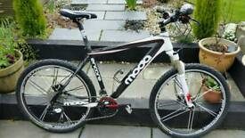 2011 CARBON FIBRE MODA ENCORE MOUNTAIN BIKE SRAM X9 ROCKSHOX RACE FACE RRP £1800