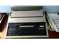 Panasonic electronic typewriter with VDU