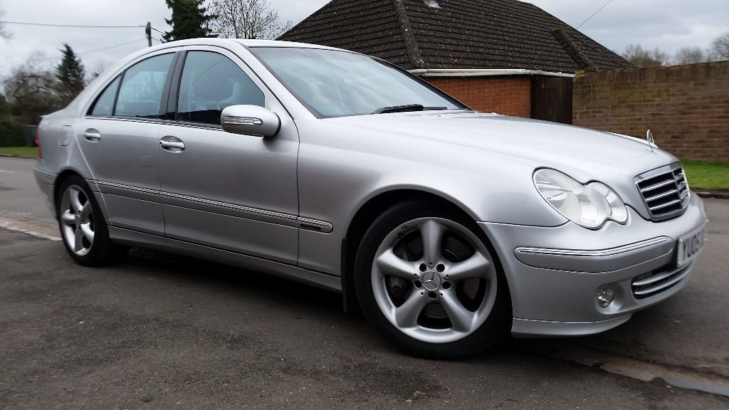 Mercedes benz c200 kompressor avantgarde 2005 automatic 1 for Mercedes benz c service cost