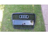 Audi A6 grill cracked
