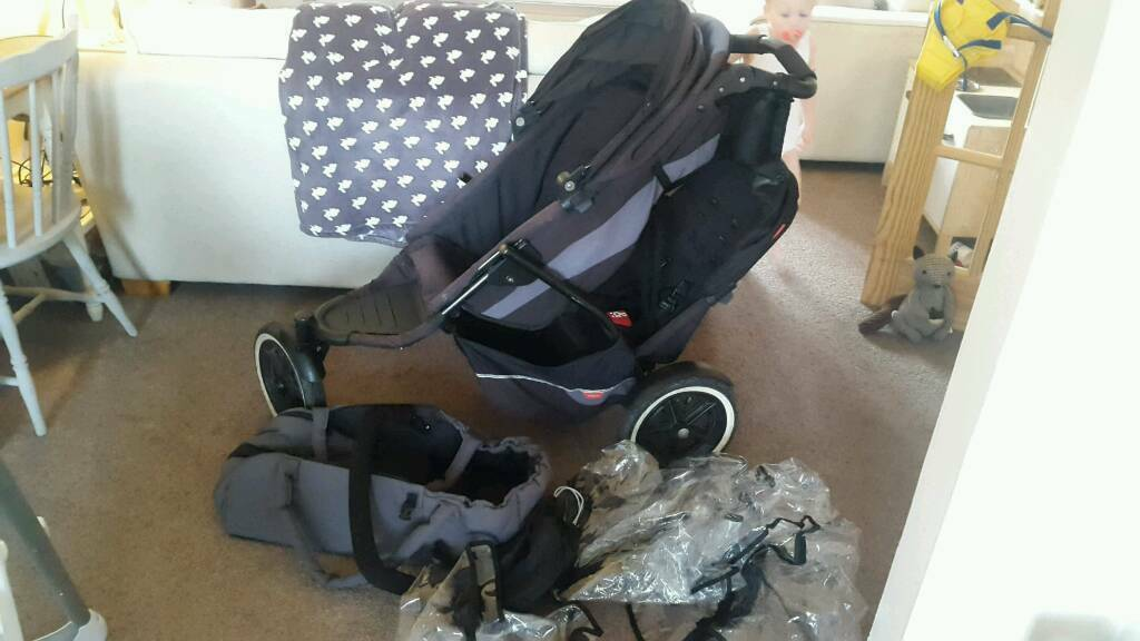 **Priced to sell** Phil and Teds double pushchair