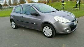 YEAR MOT**2010**1 OWNER**RENAULT CLIO EXTREME 1149cc**GREY**AUX /CD /RADIO **SERVISE HISTORY