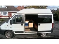 Great campervan, 4 seats, 2 ring gas cooker, sink with water pump