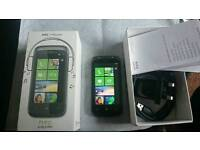 HTC 7 Mozart really good condition with Original box and charger UNLOCKED
