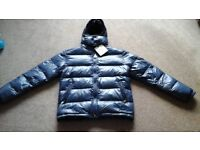 Moncler puffa jacket xxl navy blue with detachable hood. (Rep)
