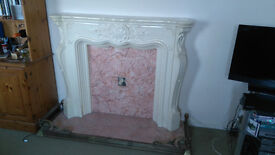 Fire place / surround