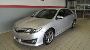 2012 Toyota Camry SE FULL TOIT OUVRANT-CUIR