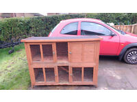good condition pets at home bluebell rabbit hutch