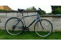 Apollo Transfer Mens Hybrid bike