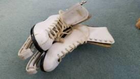 Ladies ice skating boots