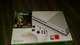 Xbox One S with Fallout4