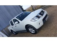 Nissan Navara double cab with roof