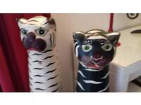 LARGE WOODEN CATS