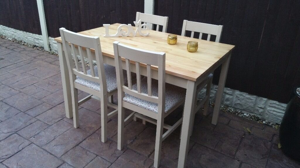 shabby chic pine kitchen/dining table with 4 chairs