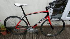 Specialized Secteur Sport road bike in IMMACULATE CONDITION with helmet and lock