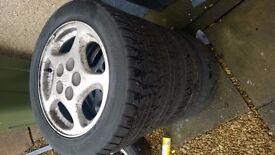 """5x114.3 nissan 16"""" alloy wheels 3 good tyres"""