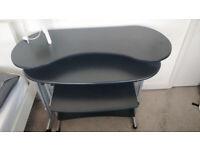 L-shaped folding desk