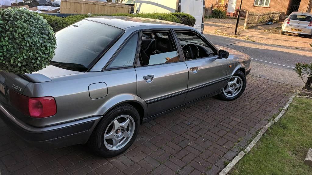 1992 Audi 80 2.0 E 4dr Classic Car Petrol Automatic Leather Interior   in Brentford, London ...