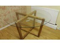 Next oak / glass top table