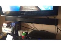 Hitatchi sound bar, mint condition as its one week old.