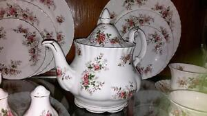 Royal Albert Lavender Rose China  Perfect for Christmas or Gift