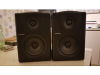 Mackie MR5 Studio Monitors