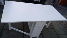 Ikea White gloss gate leg table