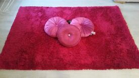 Stunning Large Cerise Pink Rug and 3 Cushions