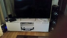 TV and stand 75 inch For Sale