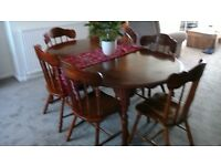 Beautiful Inlaid Dining Table and 6 Chairs