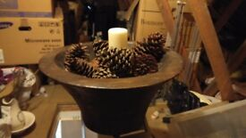 Extra large wooden bowl and large pine cones