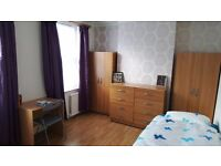 Large room to share for men to rent in Walthamstow, all bills included, free wifi, ID:670