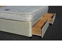 UNUSED / Ex shop demo 5ft king size 4 drawer divan bed set. Devan bed base & mattress