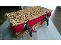 Wicker basket - Picnic, Sewing, Hobbyists, Hamper